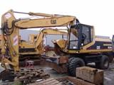 للايجار جميع انواع المعدات الثقيلة والحفارات - صورة مصغرة