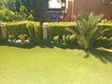 فيلا للايجار بحديقة كبيرة بكمبوند راقي بالشيخ زايد - صورة مصغرة